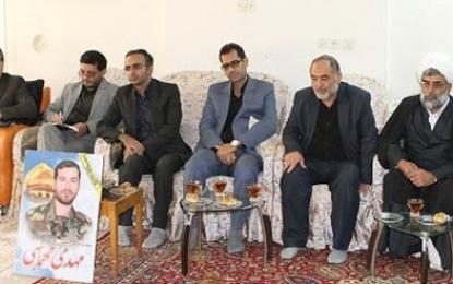حجتالاسلام صدیقی در دیدار با خانواده شهید مدافع حرم؛ اندیشه حسینی در هیچ برههای از تاریخ با یزیدیان همراه نخواهد بود